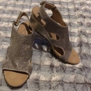 Silver Glitter Sandals with Heel!